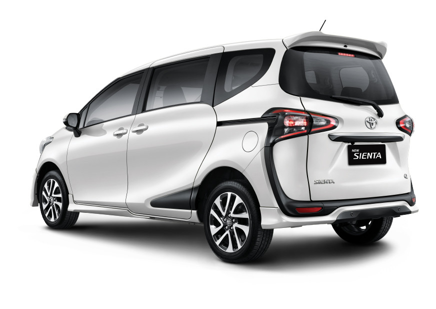 Promo Toyota Sienta